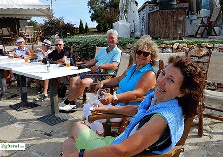 Golf-Gruppenreise-Bulgarien-Thracian-Cliffs-Reisebericht-GC-Thracian-Cliffs-Course-Loch-19-Get-Together