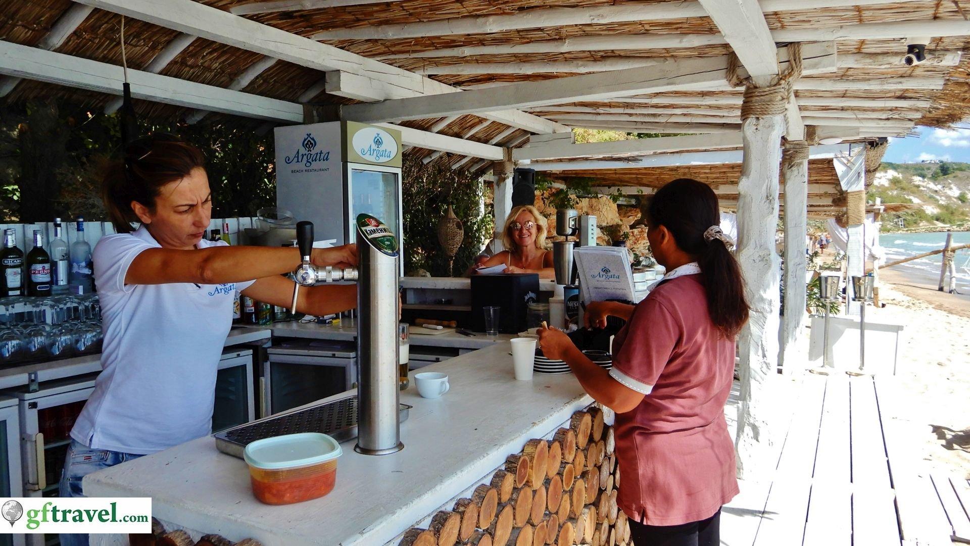 Golf-Gruppenreise-Bulgarien-Thracian-Cliffs-Reisebericht-Thracian-Cliffs-Argata-Beach-Restaurant-Bar