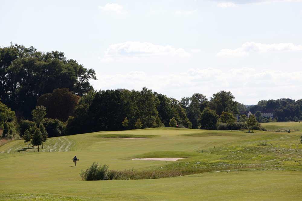 Golf-Gruppenreisen-Ostsee-Deutschland-Strelasund-Golfclub-Schloss-Teschow